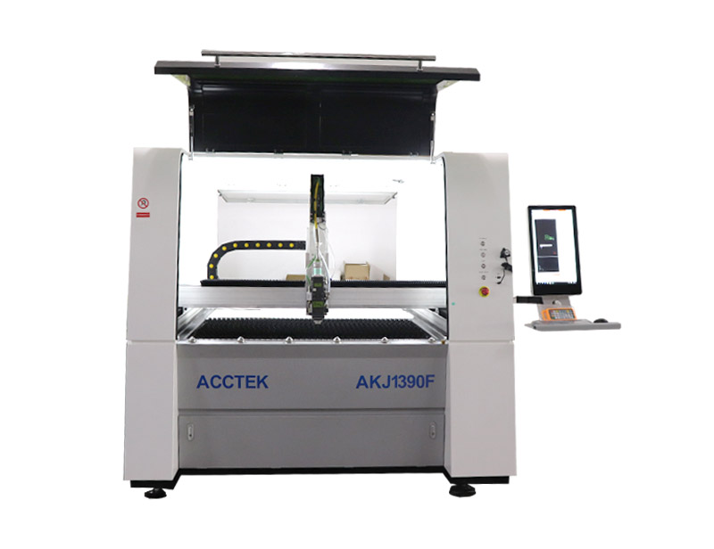 Small size precision fiber laser cutting machine
