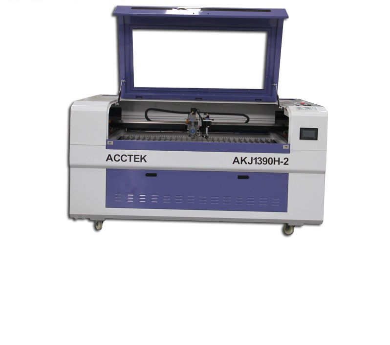 What should laser engraving machine pay attention to in use?