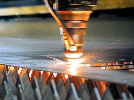advantages of laser machine and the characteristics of optical fiber machine