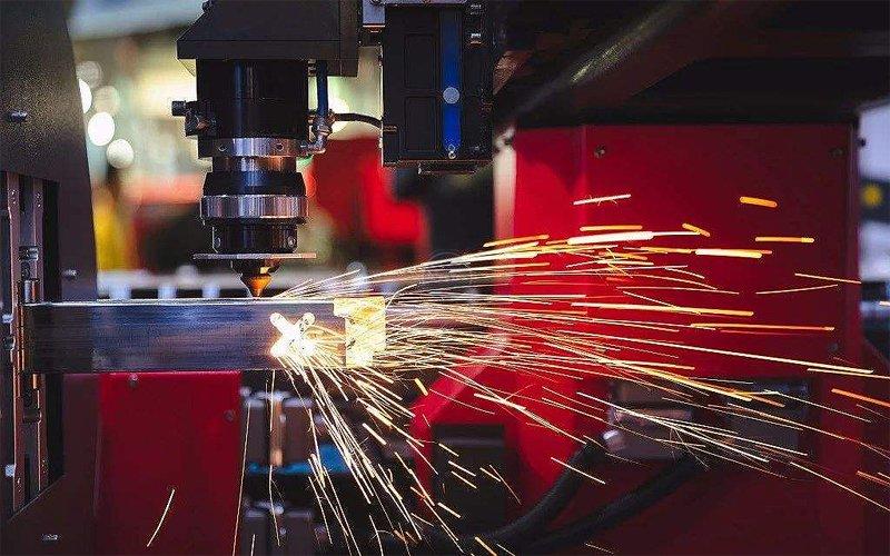 What metal material can fiber laser cut?