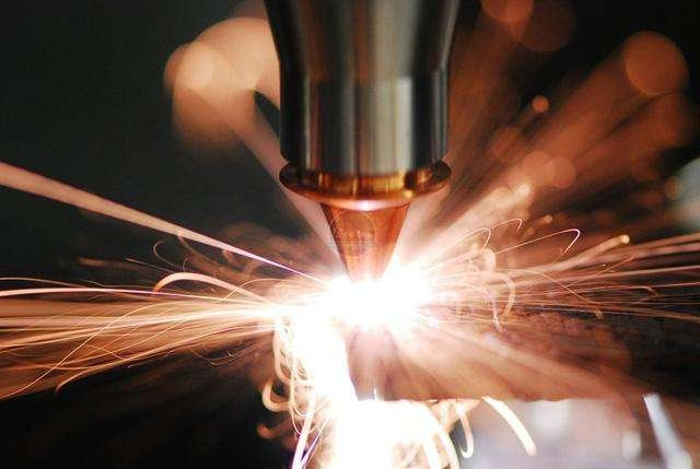 Principle and characteristic analysis of laser heat treatment