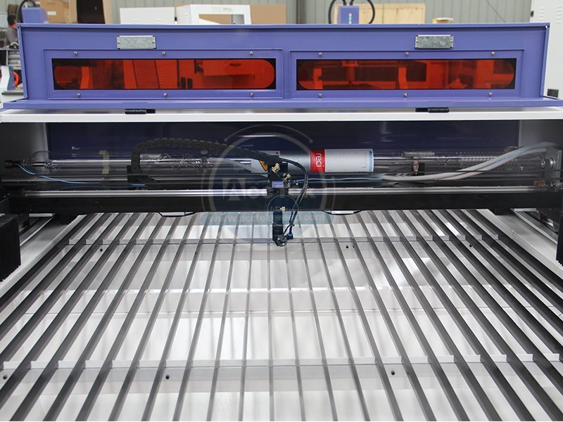Daily maintenance of CO2 laser cutting machine