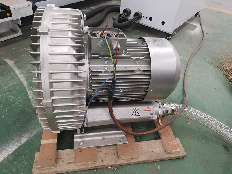 How to install vacuum pump