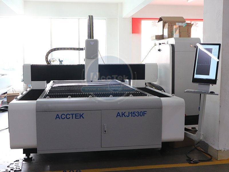 Why do companies choose fiber laser cutting machine first