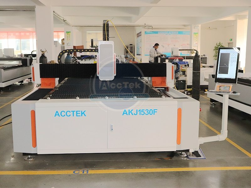 High-power fiber laser cutting machine is the inevitable trend of the times