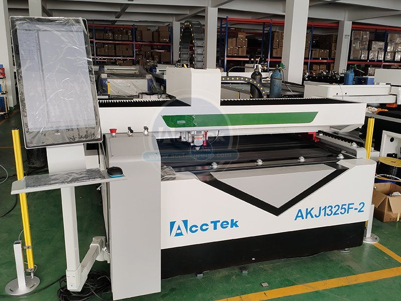 What materials can the fiber laser cutting machine cut
