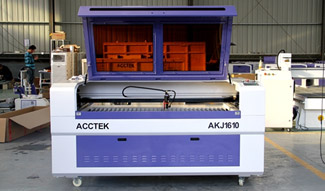 Powerful laser cutting and engraving machine in wood