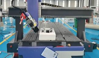 Compare with normal CNC router, what is the difference of 4 axis ?