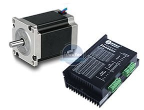 Stepper motor NEMA23 with Leadshine driver M542.