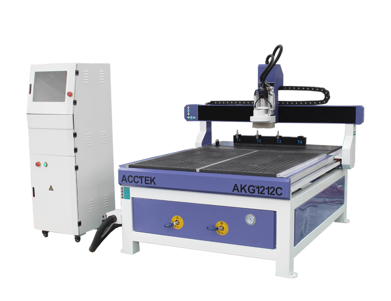 Routeur CNC ATC de petite taille