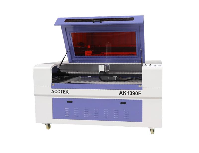 Machine de marquage laser à fibre entièrement fermée de grande taille